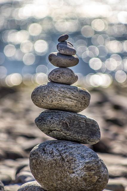 stones-983992_640